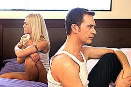 Paar im Bett Problem Seitensprung Affaere bilderbox fotolia