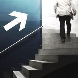 Student treppe xs aufstieg karriere foto krockenmitte photocaset49xyb961