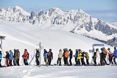warteschlange_skilift_xs_HappyAlex - Fotolia