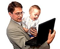 Vater_laptop_kind_iStock_xs_000004635780XSmall